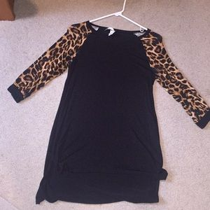 Tops - Black and leopard tunic